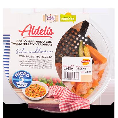 Pollo Marinado con Tagliatelle y Verduras